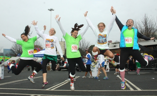 Click me! Jingle Jog 5k 2014